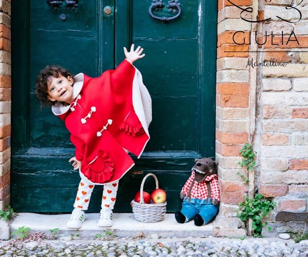 giulia mantelline bambina con mantellina rossa