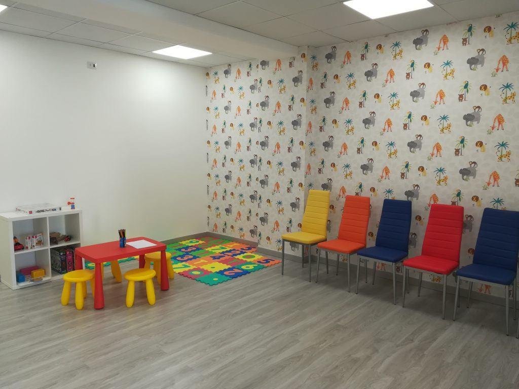 sala d'attesa poliambulatorio oasi del bambino benessere di tutta la famiglia