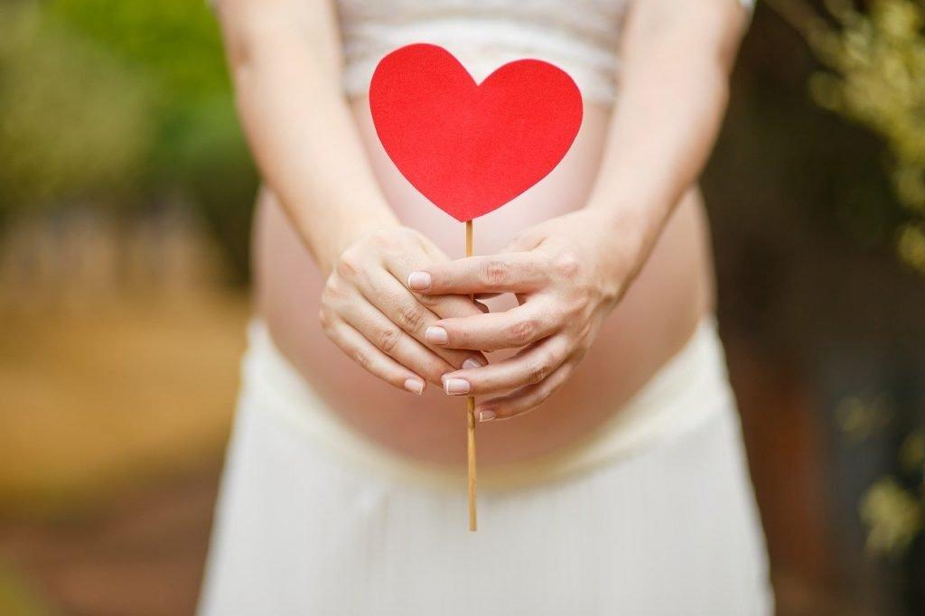 donna incinta racconti di parto in pandemia