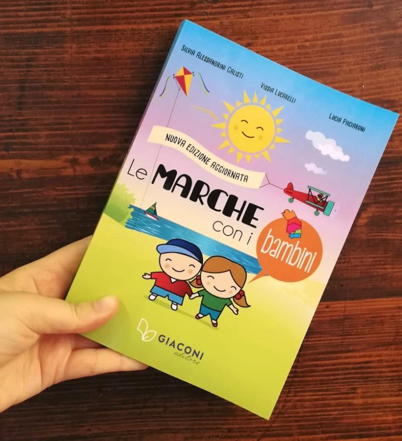 Le Marche con i bambini guida turistica copertina