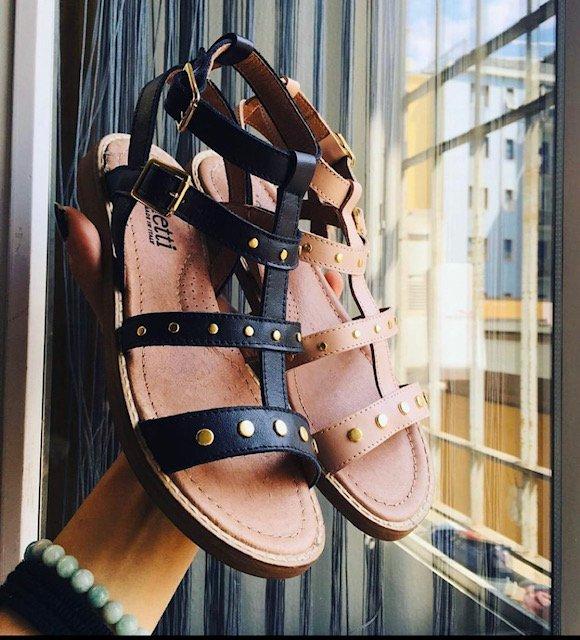 sandali neri dianetti