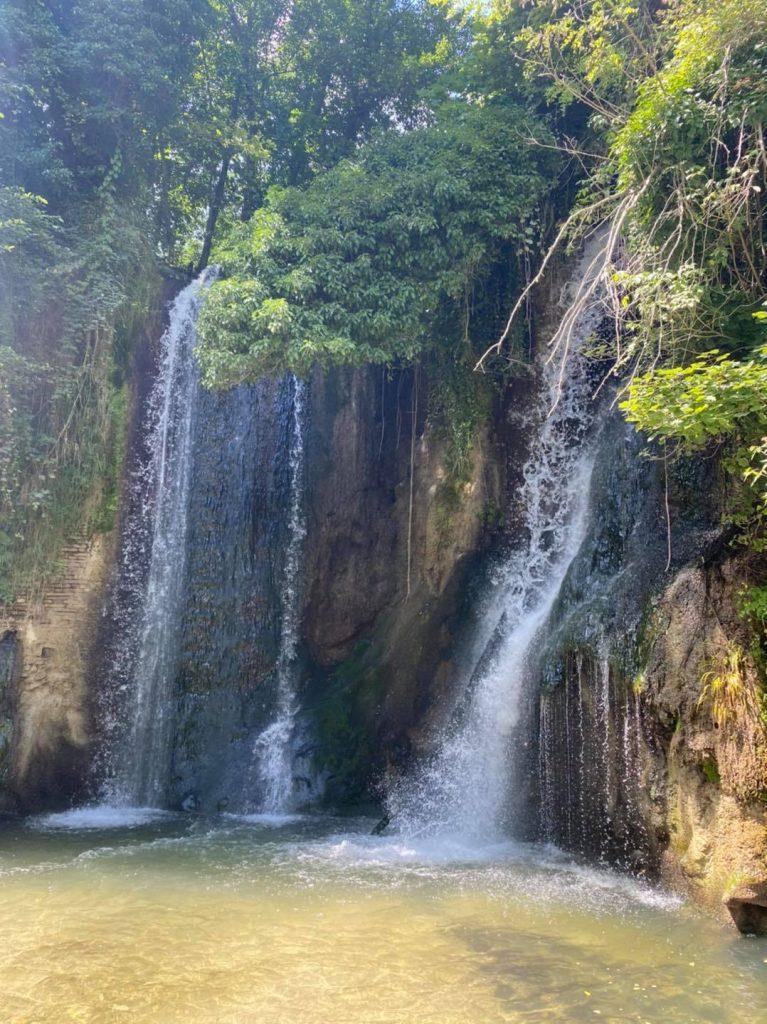 Cascata del Mulino prima tappa della via delle Cascate perdute a Sarnano