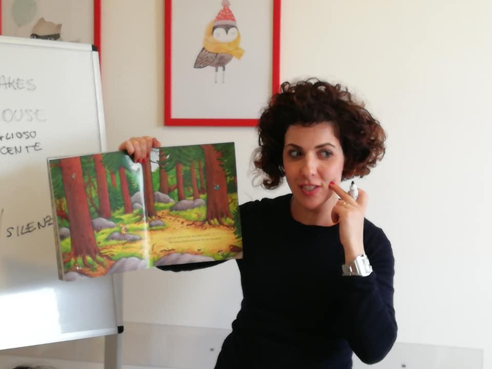 Serena Rossi insegnante inglese corsi e attività per bambini e ragazzi macerata
